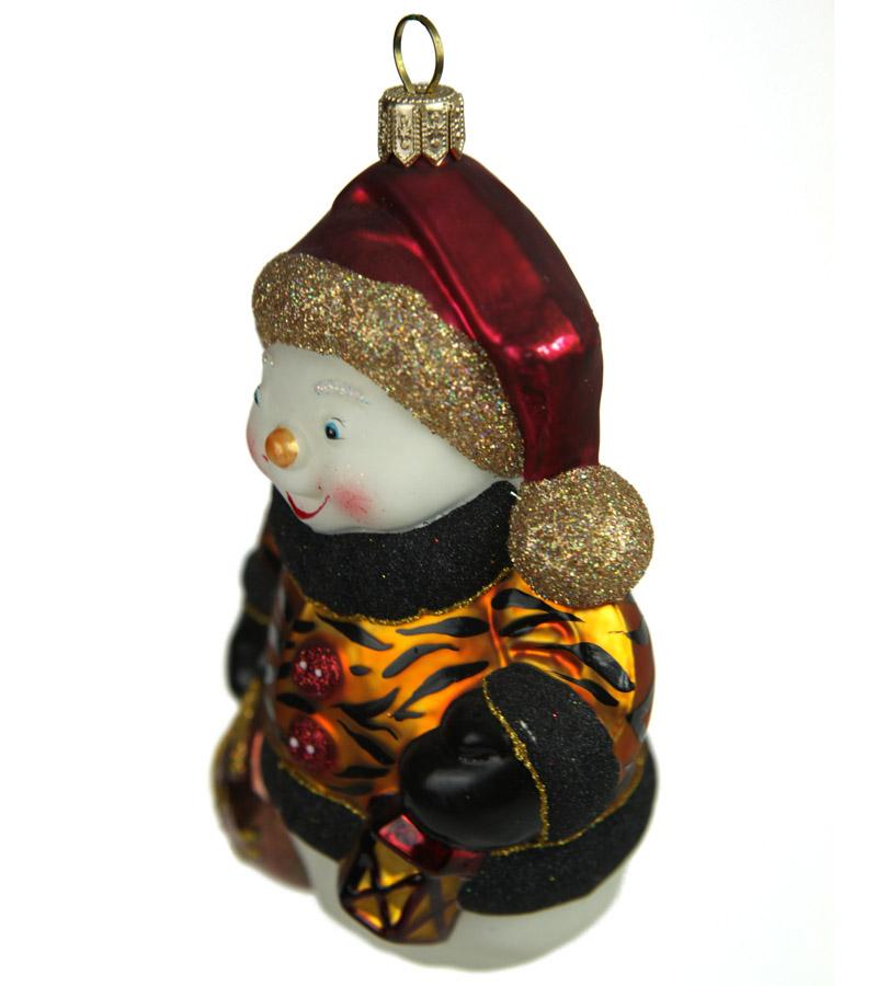 snowman_with_a_lantern